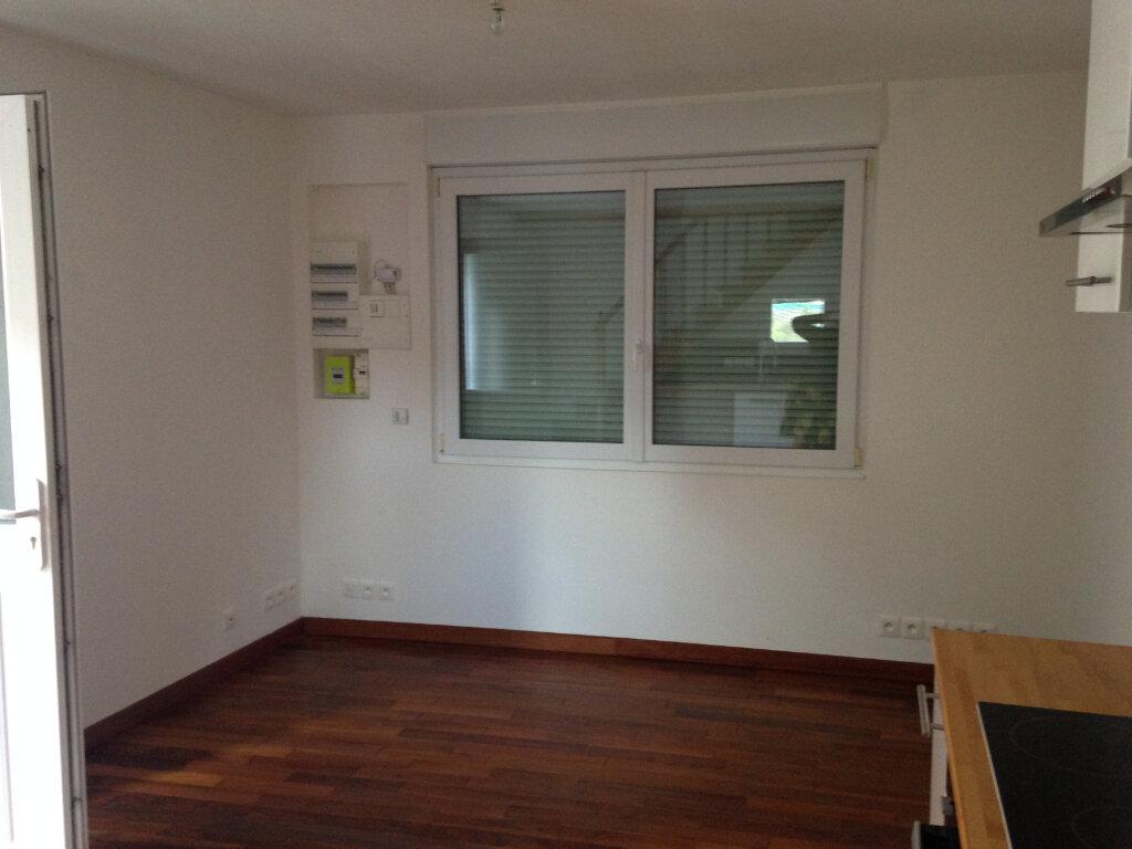 Maison à louer 2 35m2 à Le Plessis-Belleville vignette-8