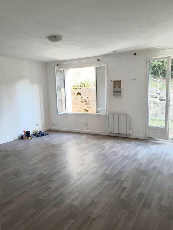 Appartement à louer 1 32.15m2 à Ermenonville vignette-1