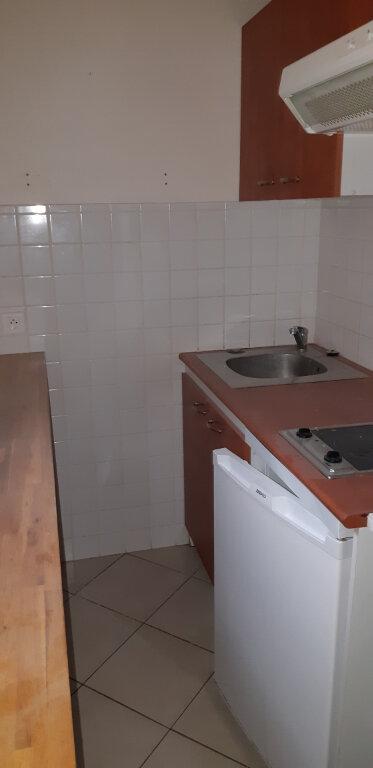 Maison à louer 4 62m2 à Barbery vignette-3