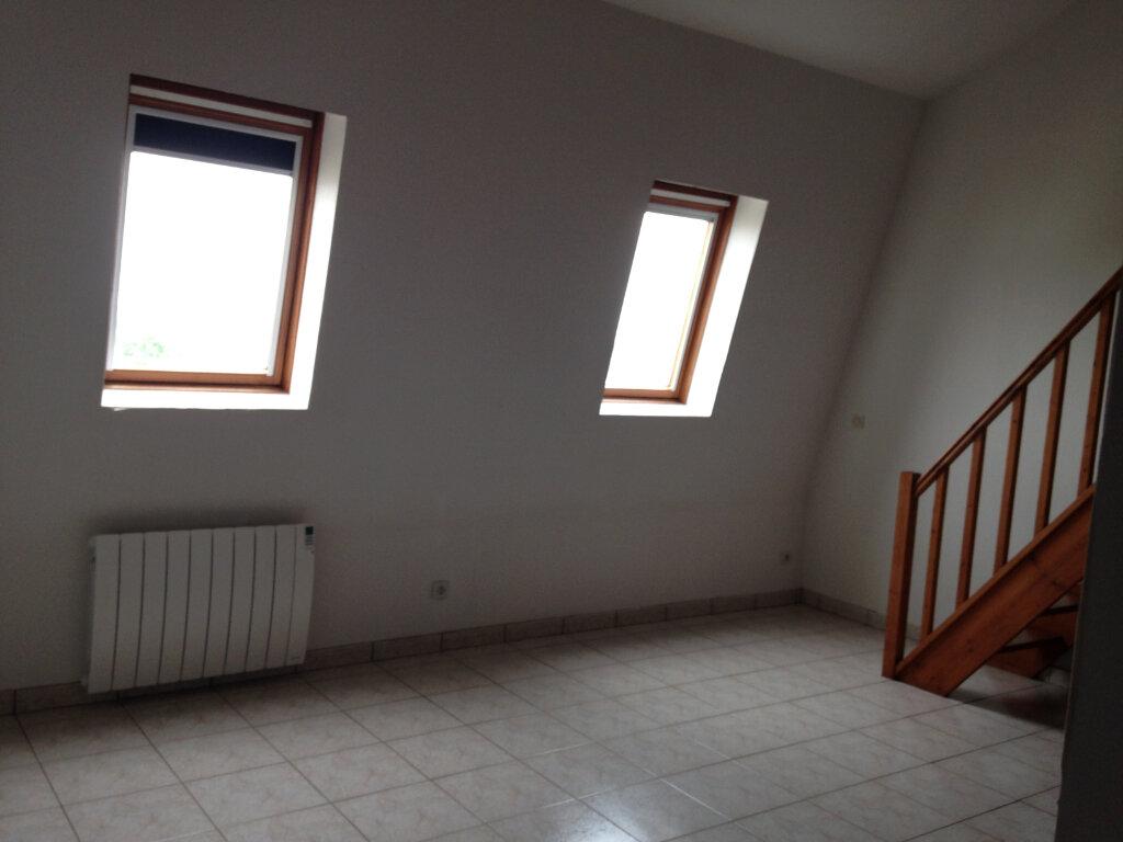 Appartement à louer 1 30m2 à Saint-Soupplets vignette-1