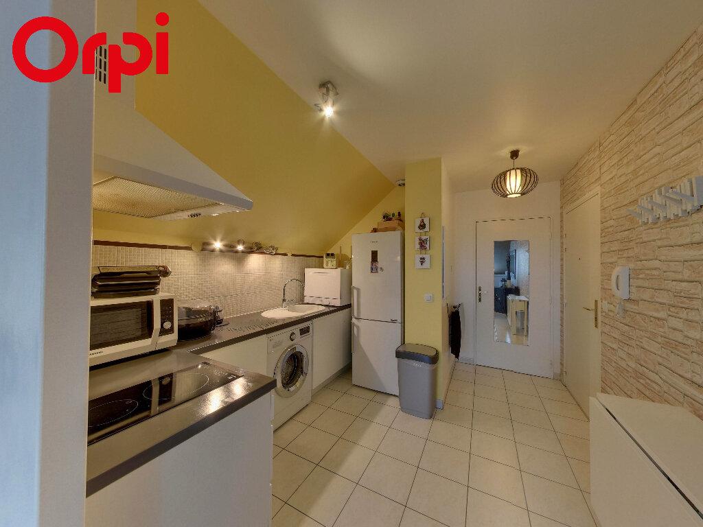 Appartement à vendre 1 29m2 à Nanteuil-le-Haudouin vignette-2