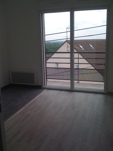 Appartement à louer 1 22.37m2 à Dammartin-en-Goële vignette-1