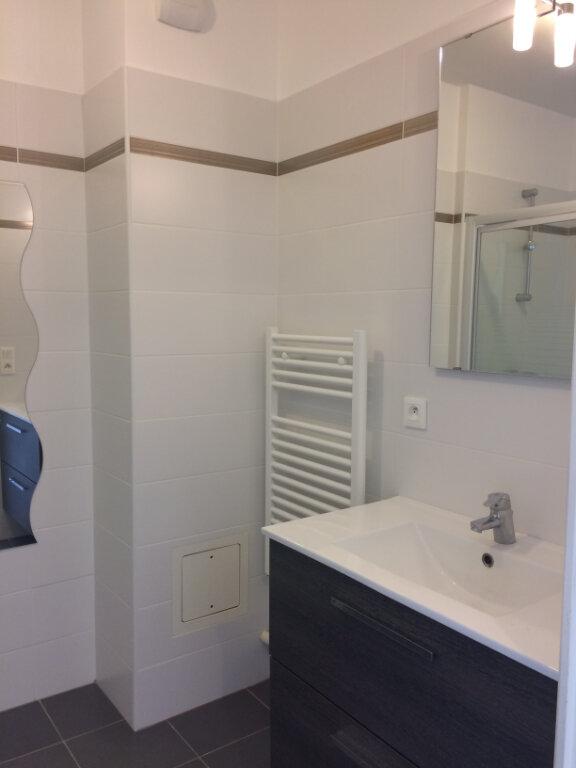 Appartement à louer 1 22.37m2 à Dammartin-en-Goële vignette-3
