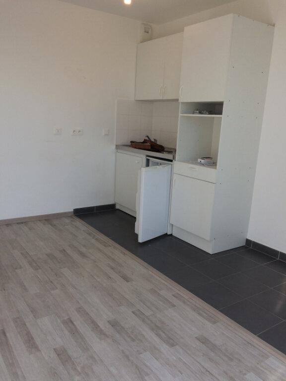Appartement à louer 1 22.37m2 à Dammartin-en-Goële vignette-5