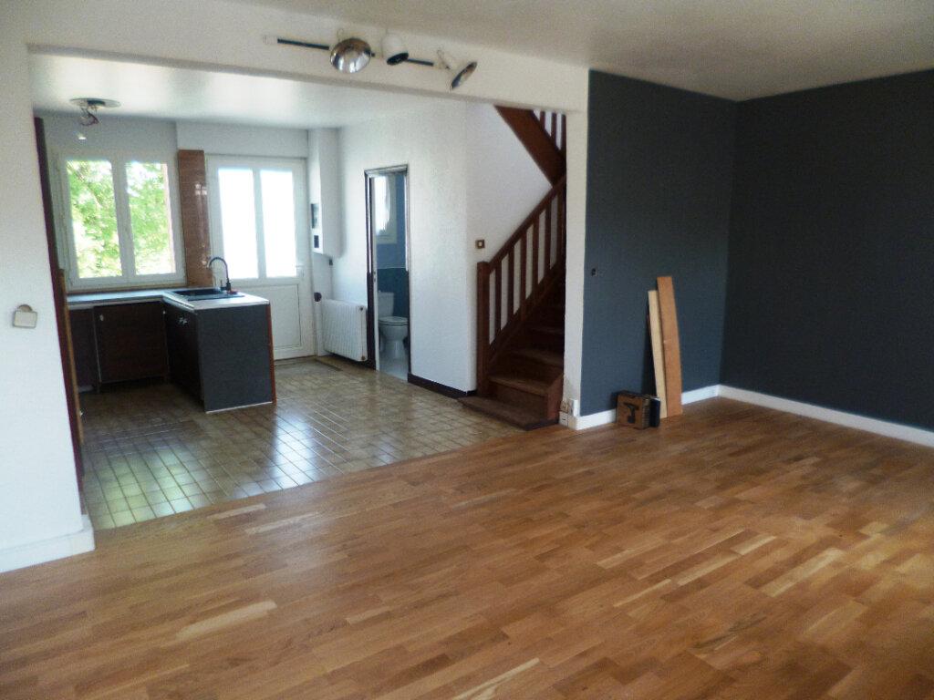 Appartement à louer 2 50.92m2 à Creil vignette-2
