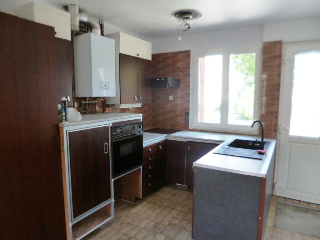 Appartement à louer 2 50.92m2 à Creil vignette-3