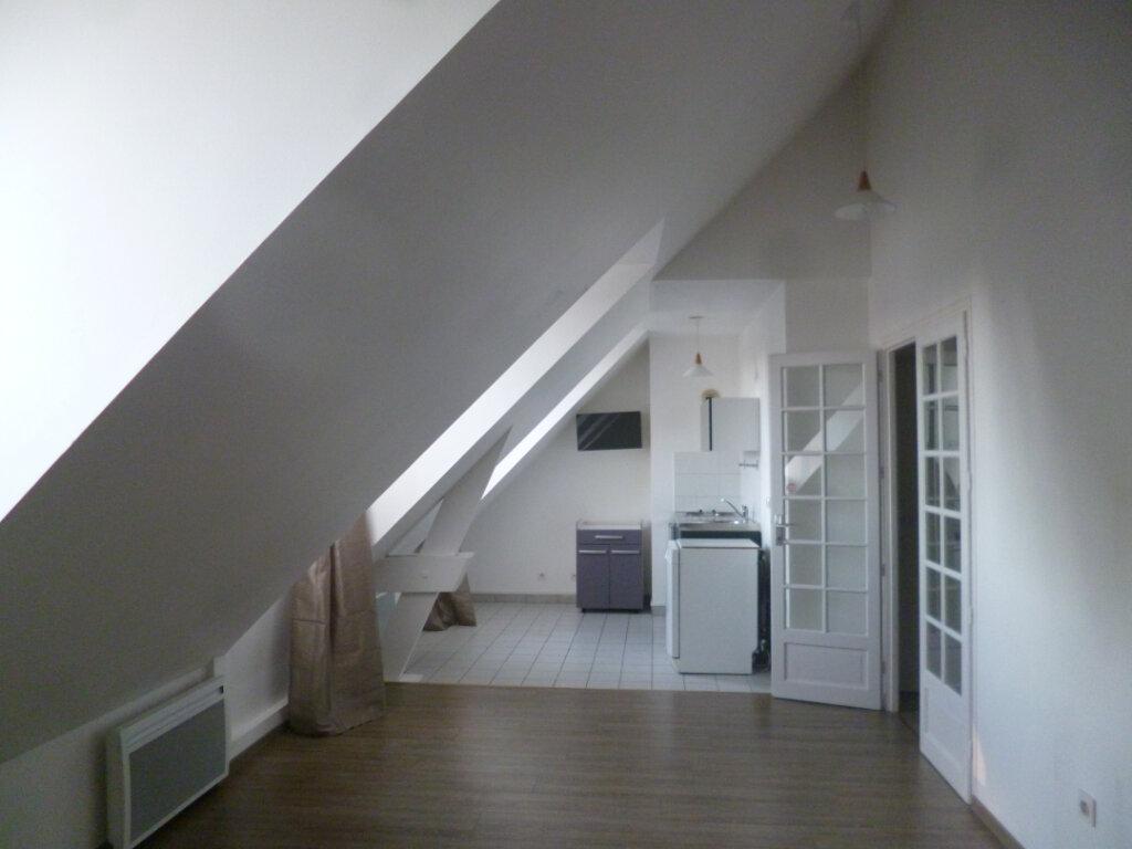 Appartement à louer 1 30.66m2 à Senlis vignette-1