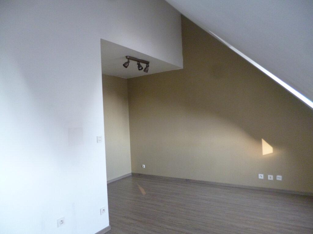 Appartement à louer 1 30.66m2 à Senlis vignette-3