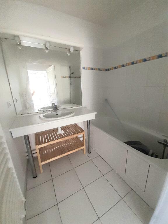 Appartement à louer 2 40m2 à Crépy-en-Valois vignette-4