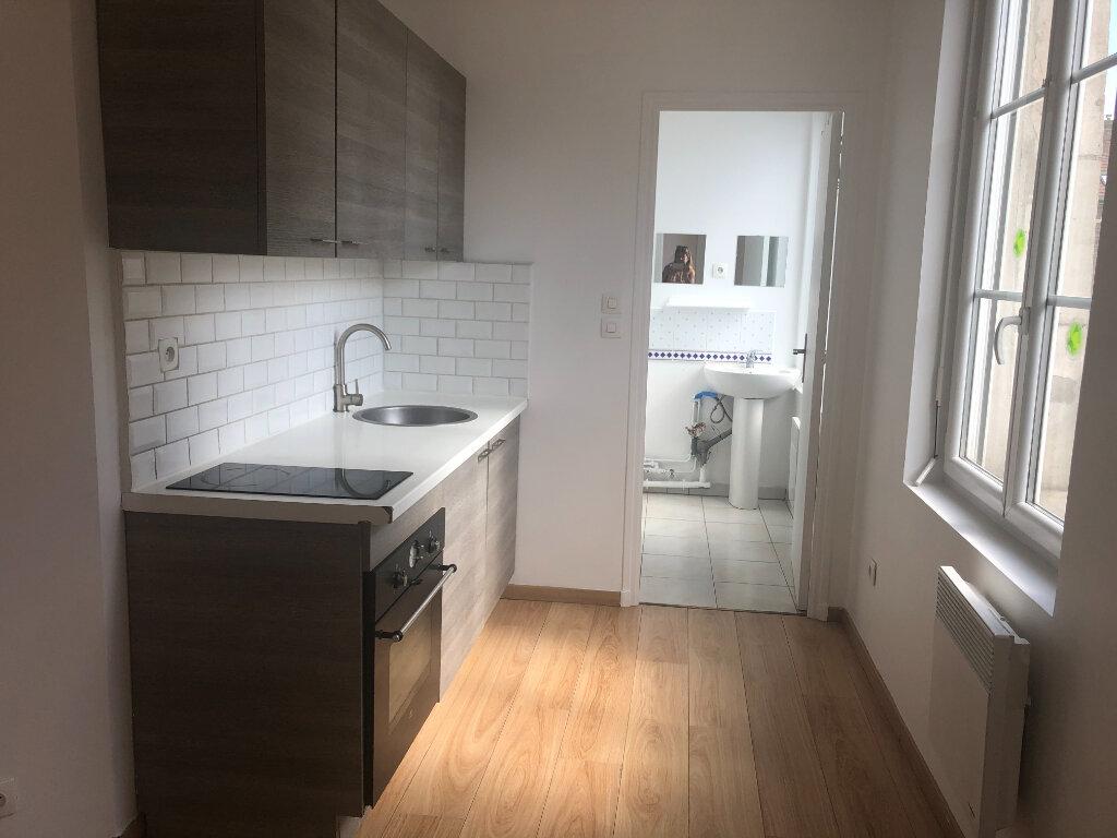 Appartement à louer 2 39m2 à Pont-Sainte-Maxence vignette-3