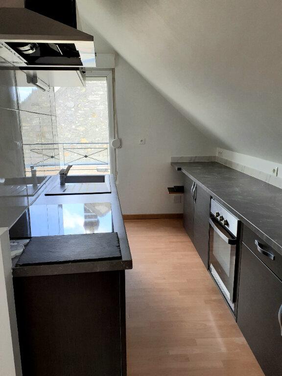 Appartement à louer 3 36m2 à Nanteuil-le-Haudouin vignette-3