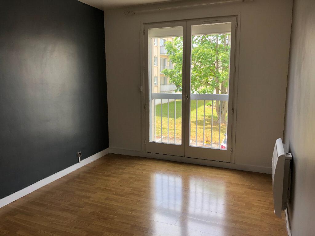 Appartement à louer 3 86.91m2 à Senlis vignette-7