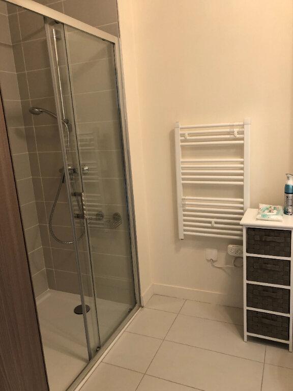 Appartement à louer 3 65m2 à Senlis vignette-6