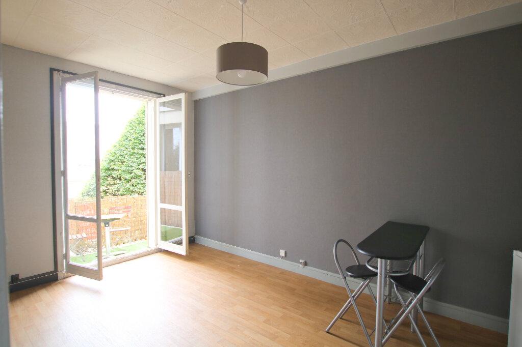 Appartement à louer 1 20.78m2 à Le Havre vignette-1