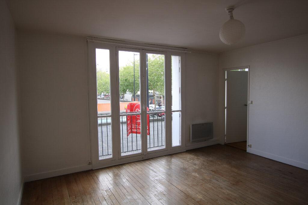 Appartement à louer 1 31.85m2 à Le Havre vignette-1