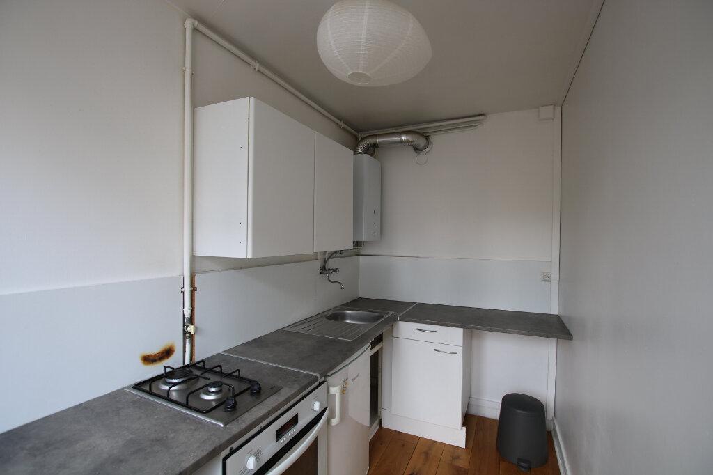 Appartement à louer 1 31.85m2 à Le Havre vignette-3