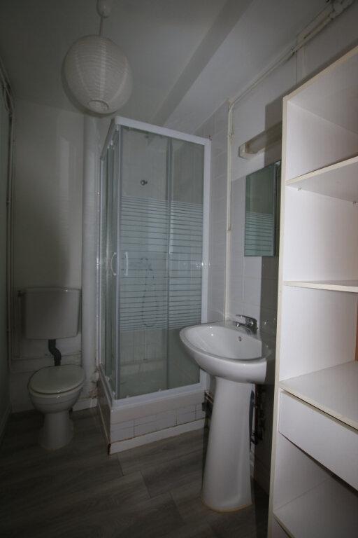 Appartement à louer 1 31.85m2 à Le Havre vignette-4