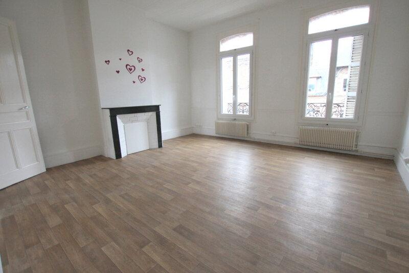 Appartement à louer 3 78.72m2 à Le Havre vignette-1