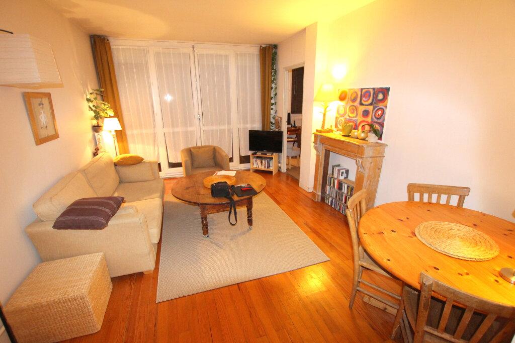 Appartement à louer 3 59.35m2 à Le Havre vignette-2