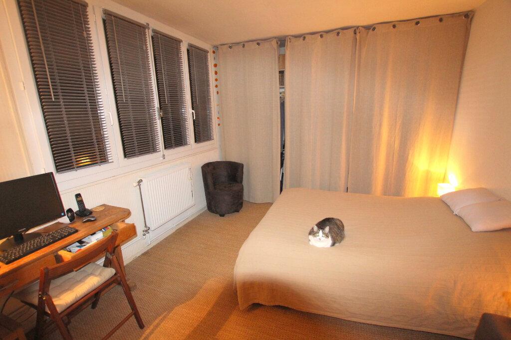 Appartement à louer 3 59.35m2 à Le Havre vignette-5