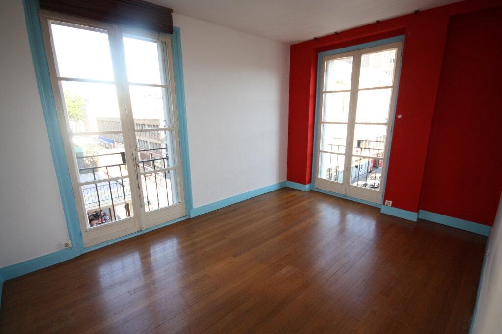 Appartement à louer 3 72.54m2 à Le Havre vignette-2