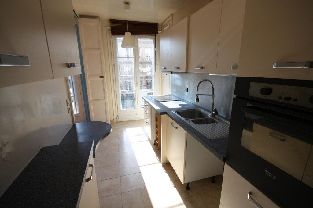 Appartement à louer 3 72.54m2 à Le Havre vignette-5
