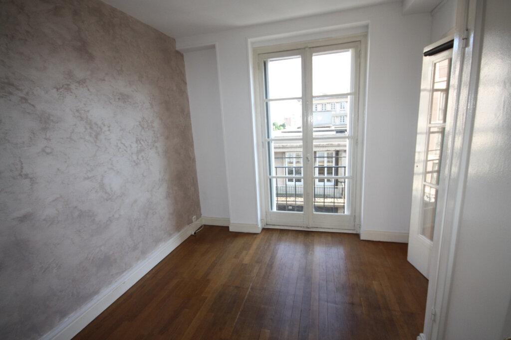 Appartement à louer 3 72.54m2 à Le Havre vignette-6