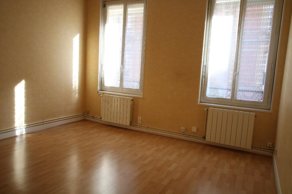Appartement à louer 2 45.85m2 à Le Havre vignette-1
