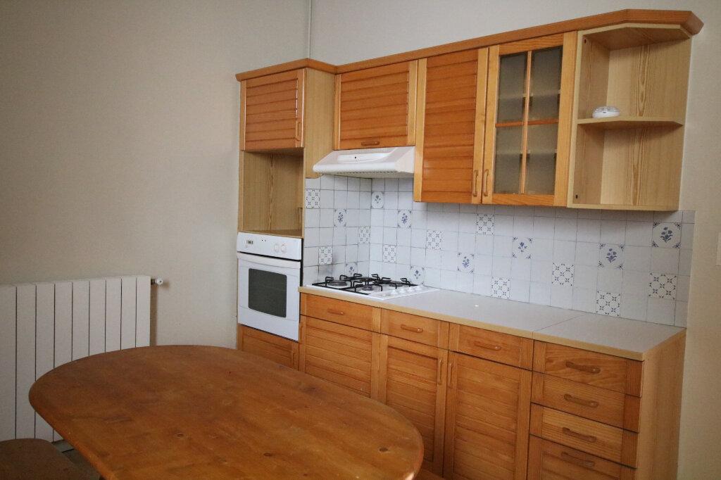 Appartement à louer 2 45.85m2 à Le Havre vignette-2