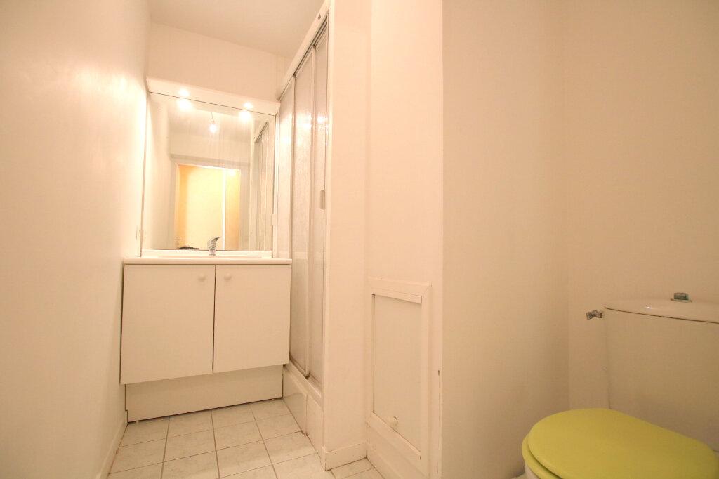 Appartement à louer 1 23.54m2 à Le Havre vignette-4