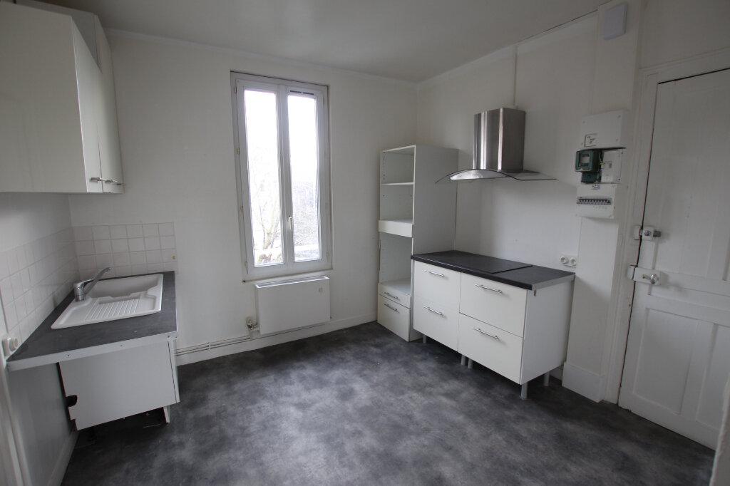 Appartement à louer 3 72.88m2 à Le Havre vignette-3