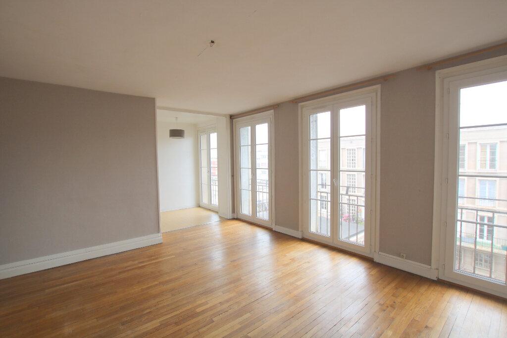 Appartement à louer 3 65.76m2 à Le Havre vignette-1
