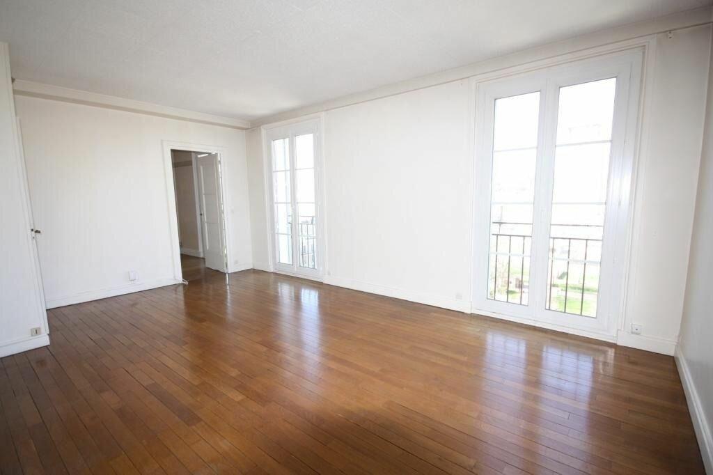 Appartement à louer 3 70.25m2 à Le Havre vignette-1