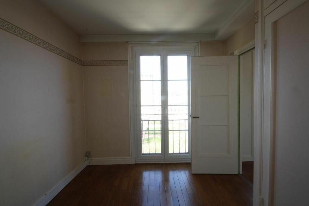 Appartement à louer 3 70.25m2 à Le Havre vignette-2