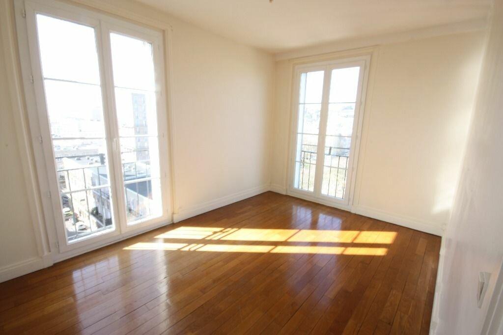 Appartement à louer 3 70.25m2 à Le Havre vignette-3