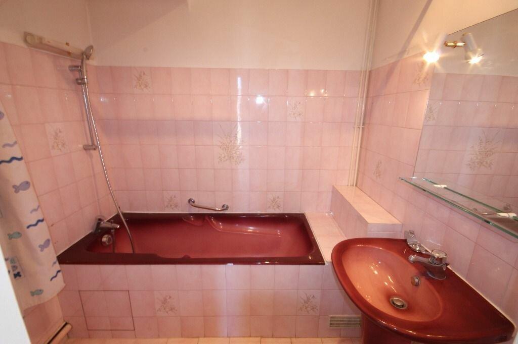 Appartement à louer 3 70.25m2 à Le Havre vignette-4