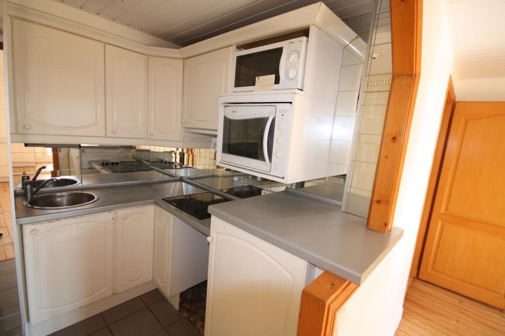 Appartement à louer 3 48.9m2 à Le Havre vignette-2