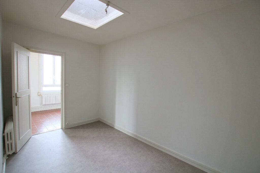Appartement à louer 4 83m2 à Le Havre vignette-5