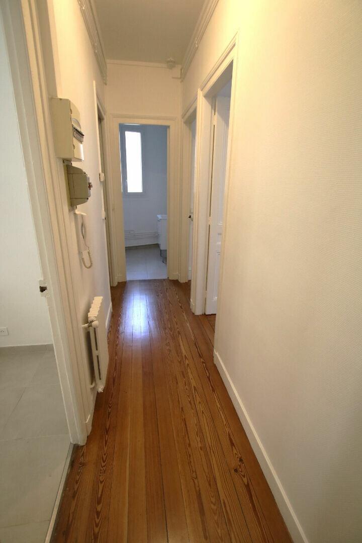 Appartement à louer 3 56.11m2 à Le Havre vignette-9