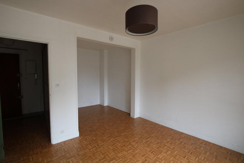Appartement à louer 1 27.09m2 à Le Havre vignette-3