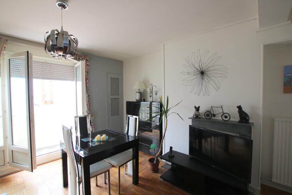 Appartement à louer 2 51.01m2 à Le Havre vignette-1