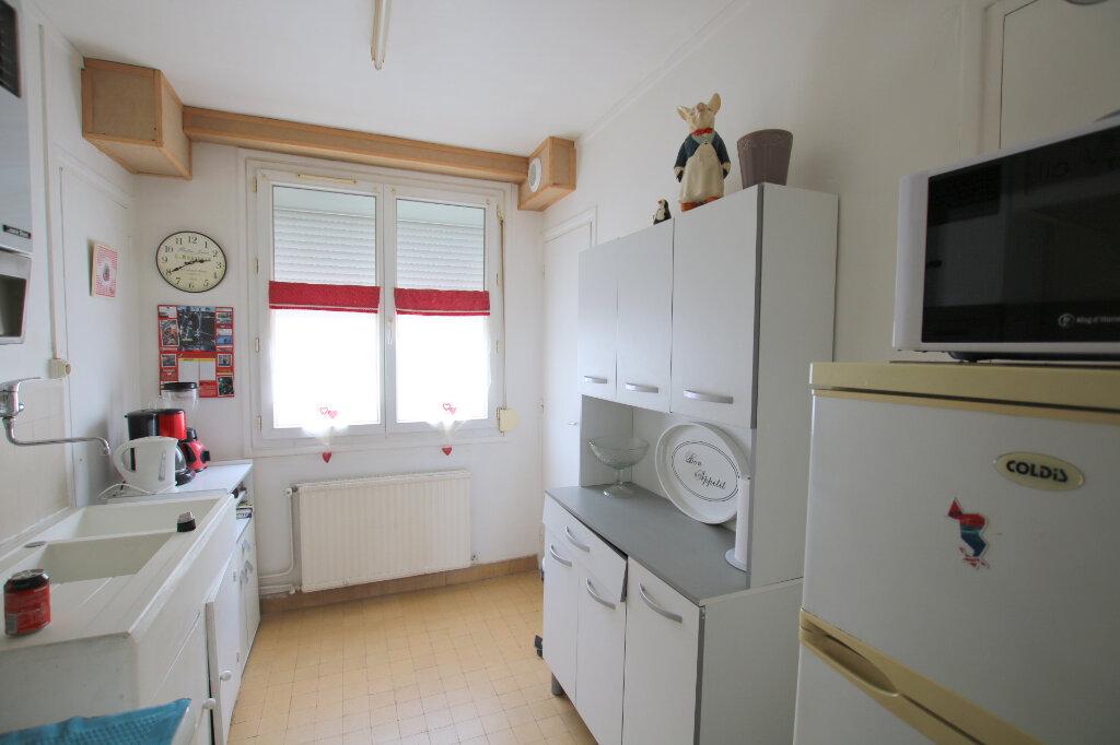 Appartement à louer 2 45.82m2 à Le Havre vignette-2
