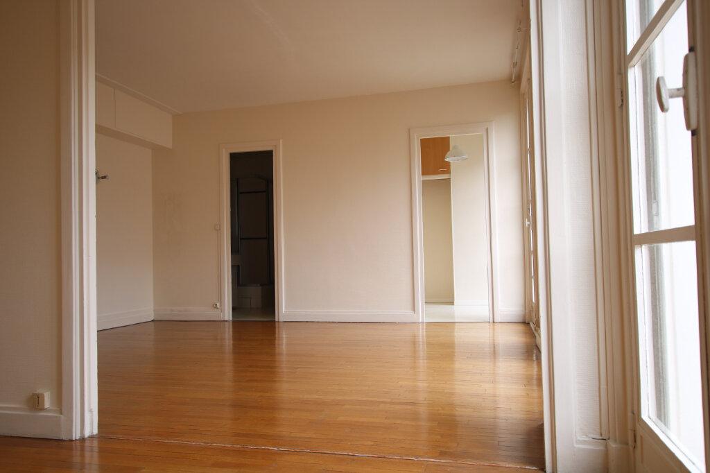 Appartement à louer 2 40.92m2 à Le Havre vignette-2