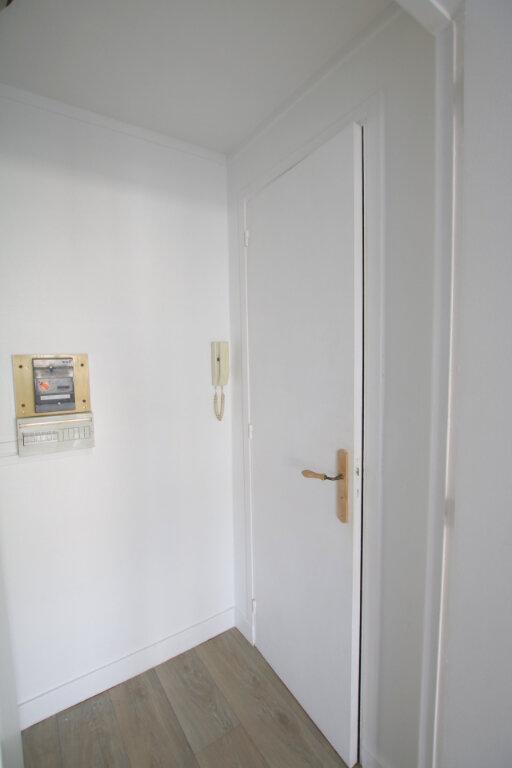 Appartement à louer 1 24.62m2 à Le Havre vignette-9