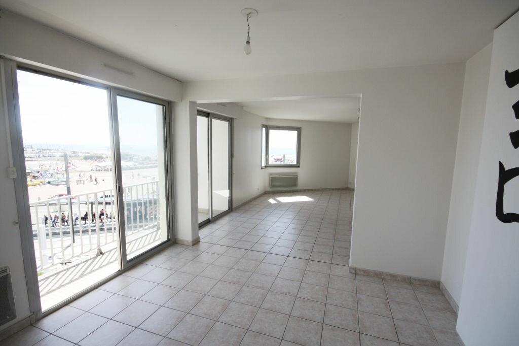 Appartement à louer 6 118.74m2 à Le Havre vignette-2