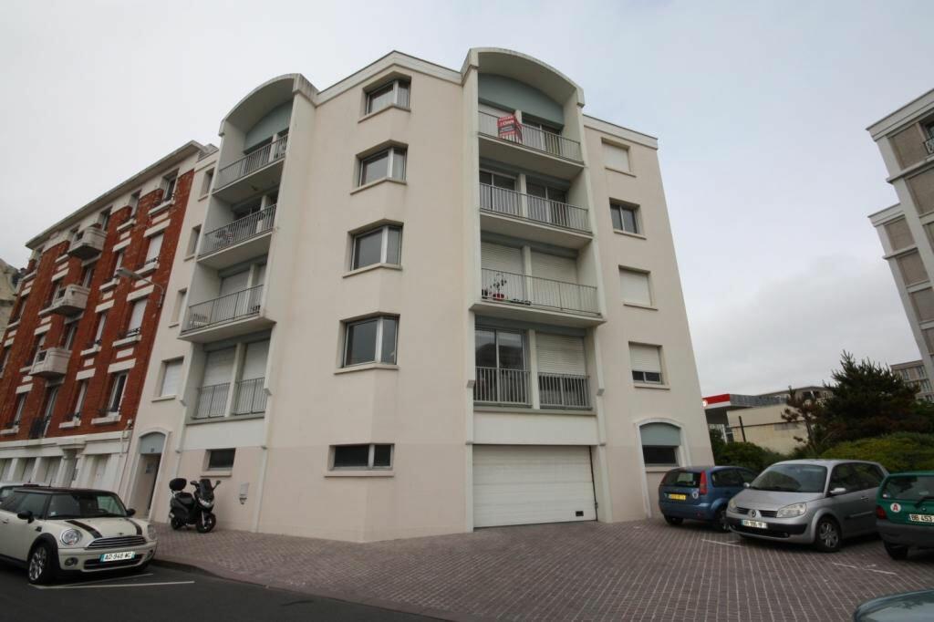 Appartement à louer 6 118.74m2 à Le Havre vignette-9