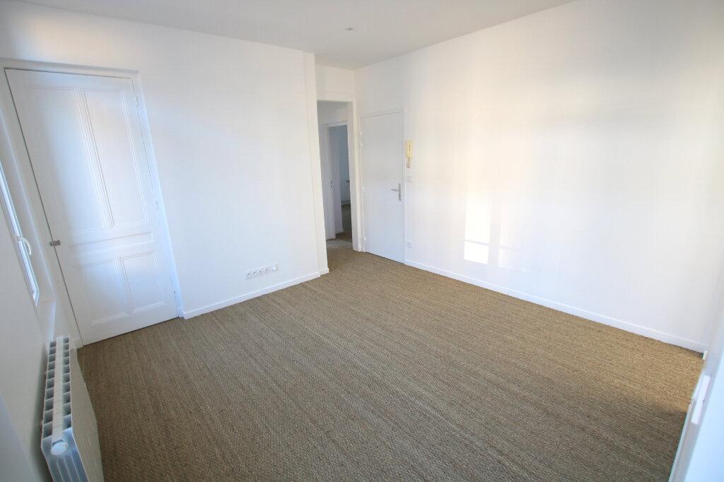 Appartement à louer 3 46.41m2 à Le Havre vignette-3