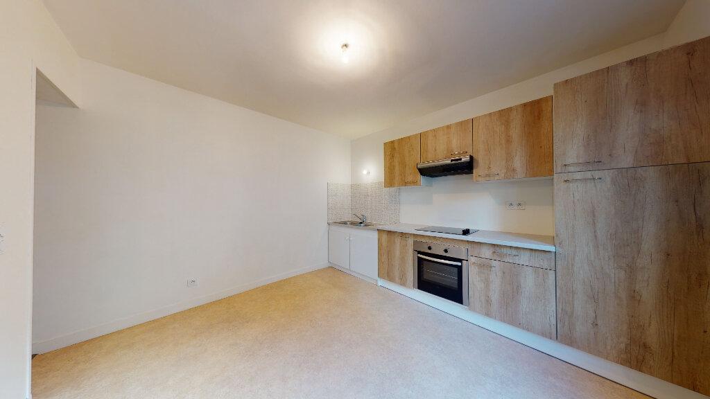Appartement à louer 3 54.29m2 à Le Havre vignette-3