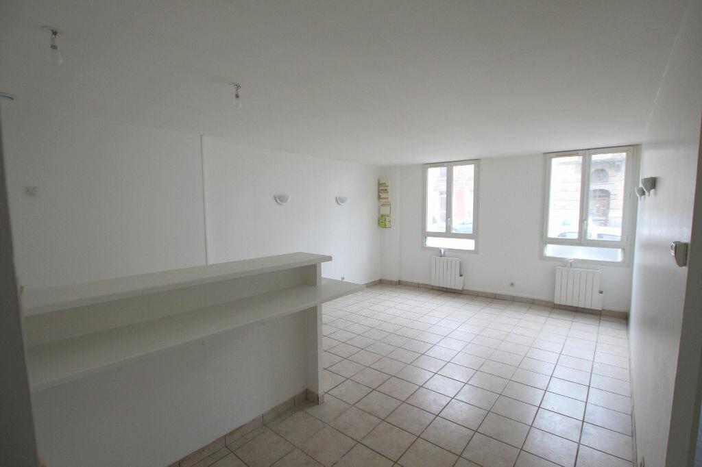 Appartement à louer 3 54.77m2 à Le Havre vignette-1