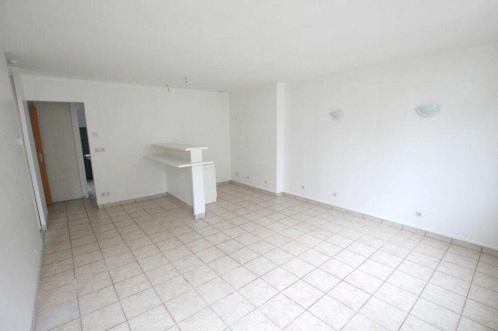 Appartement à louer 3 54.77m2 à Le Havre vignette-2